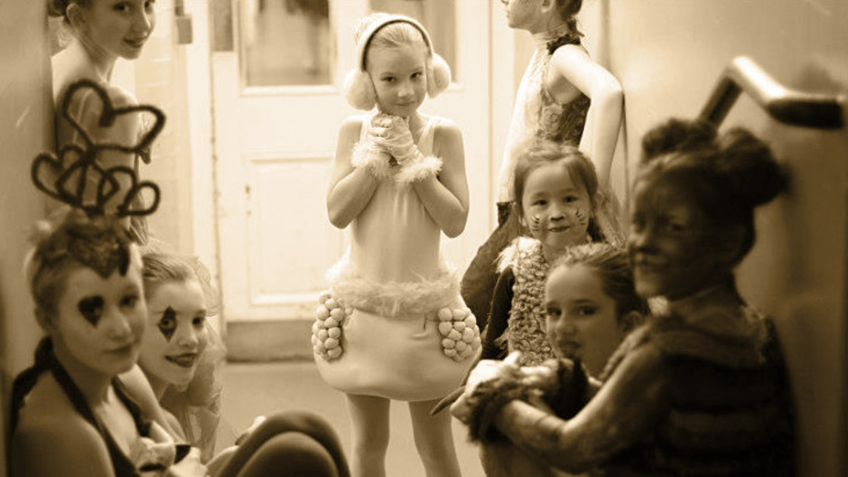 Help young dancers (and their parents) ease pre-performance nerves